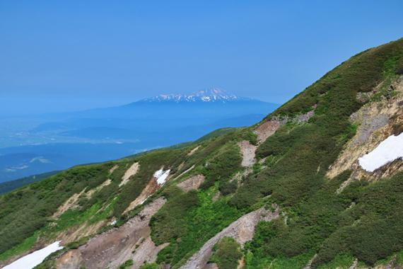 24 鳥海山.jpg