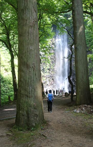 26 玉簾の滝.jpg