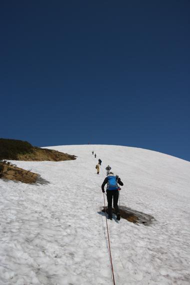 4 登山道.jpg
