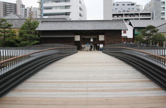7 出島正門入り口.jpg