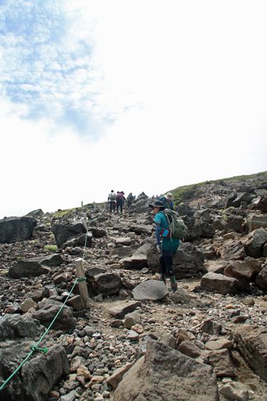 27登山道.jpg