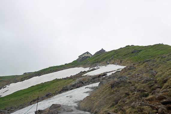 32山頂神社.jpg