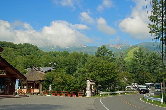4乗鞍高原から乗鞍岳を望む.jpg