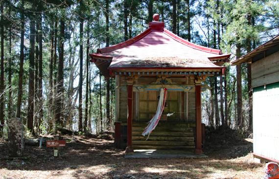 10 山頂神社.jpg